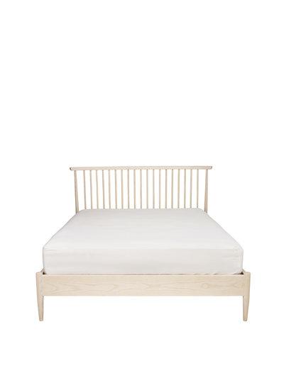 Image of Salina kingsize spindle headboard bed